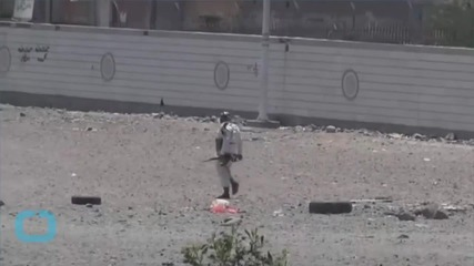 Heavy Clashes in Aden Airport, Alliance Accused of Cluster Bomb Use