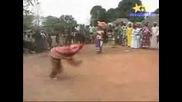 Смайващо Бушменски Танц!!!