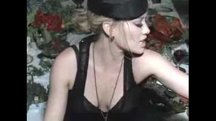 Hilary Duff - Reach Out