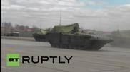 Русия: Танковете T-15 APCs готови за парада по случай деня на победата
