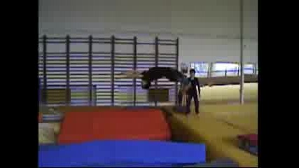 Est In The Gym - 2007
