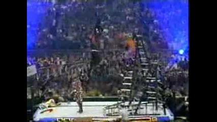 !!! Edge Прави Копие На Jeff Hardy От 20 Метрова Стълба !