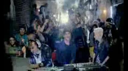david guetta chris willis ft fergie lmfao gettin over you official videoclip