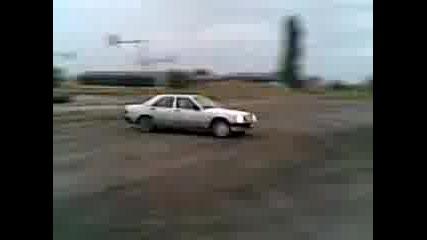 Mercedes 190 tokyo Drift Style