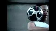 Nike - Роналдиньо майстора