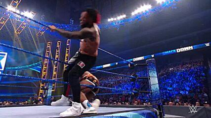Big E & Finn Bálor vs. The Usos: SmackDown, Sept. 17, 2021