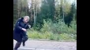 Смях ... Танцът На Куката Руски стил !!!