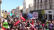 UK: Anti-austerity activists storm former Barclays Bank in Brighton rally