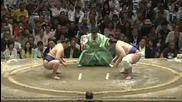 Аоияма със седма победа този път срещу Токитенку / Аки Башо 28.9.2013