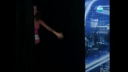 Момиче псува журито на X Factor България