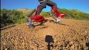 Бионични ботуши позволяват на човек да се движи със скоростта на автомобил