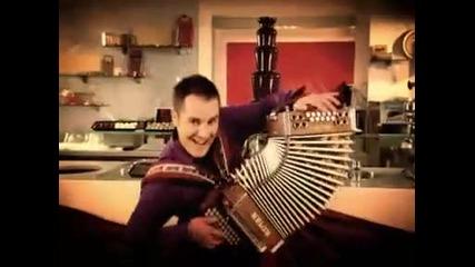 Atomik Harmonik - Choco La