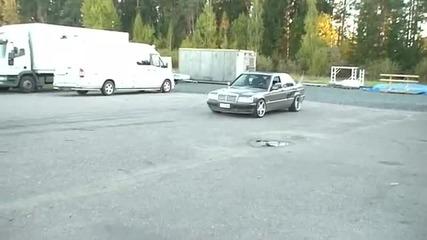 Mercedes Benz 190d Turbo Burnout