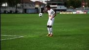 Neymar показва класа
