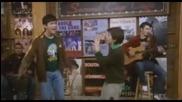 Първото изпълнение на Jonas Brothers!
