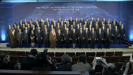 USA: Representatives from around the world pose for family-style photo at anti-ISIS summit