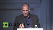 Russia: Varoufakis talks about political significance of art at Moscow Biennale