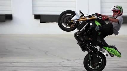 Екстремни трикове с мотори, от които ще настръхнеш! Обещано!