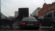 Видео регистратор заснема шофьор хулиган на пътя