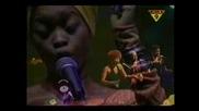 Erykah Badu - Sometimes Live