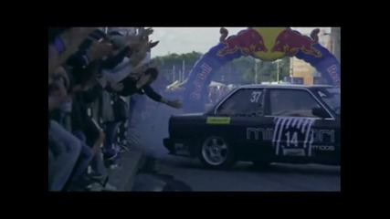 Red Bull Car Park Drift -- 2013 Християн Ангелов