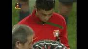 Награждаване На Кристияно Роналдо Преди Мача Португалия - Финландия