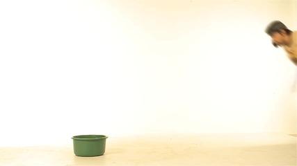 Анита - Помощ, жена ми е луда (official Video 2013)
