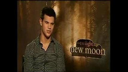 интервю с Тейлър Lautner New Mon