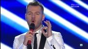 One Direction изпълняват Live While We're Young в X Factor Италия + интервю 1/11/12