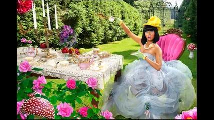 Превод Nicki Minaj - Save me