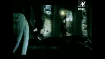 Песента която разплака целия свят- 3 Doors Down - Here Without You