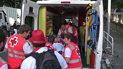 Spain: Four injured as bulls tear through Pamplona at San Fermin festival