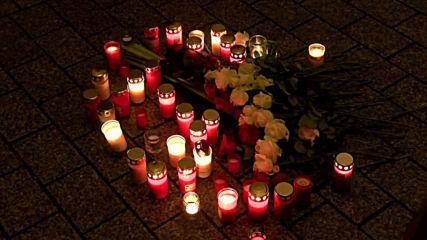 Germany: Candlelight vigil held for Hanau shooting victims in Berlin