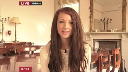 Интервю с момичето, което страда от агорафобия - Jemma Pixie Hixon-
