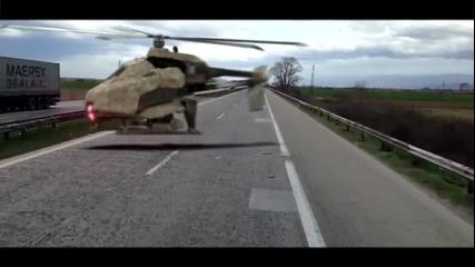 Хеликоптер се разбива пред очите на група туристи