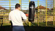 Улична тренировка: Кикбокс / Street workou: Kickboxing