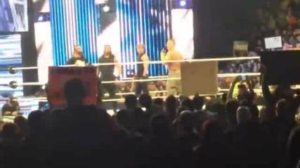 John Cena се присъединява към The Shield