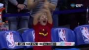 Щура детска радост при изравнителната тройка на Атланта - Сан Антонио