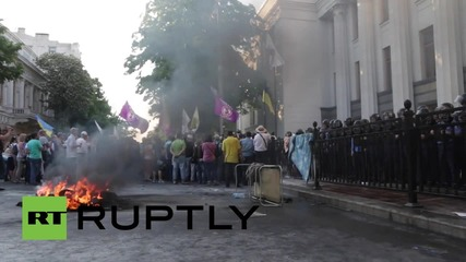 Ukraine: Man sets himself on FIRE as Kiev hunger strike ignites fiery clashes