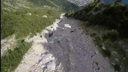 Луд полет с Wingsuit! Graham Dickinson & Dario Zanon