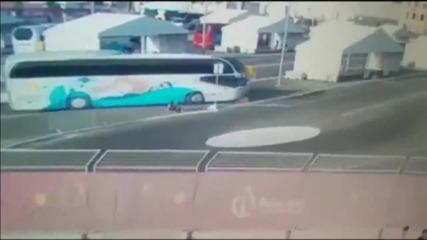 Ужасната катастрофа с австрийските плувкини в Баку (ВИДЕО 18+)