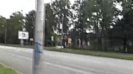 """Полицаи спряли след знак """" забранено спирането """""""