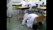 Спящ Арабин Се Претрепва!!!