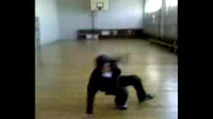145 Соу - B - Boy Jerry Brakedance