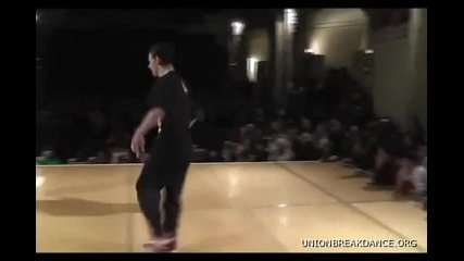 Battle Of The Year 2010 1 on 1 Bboy Battle Alcolil vs Thesis