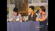 New Moon cast at the Comic Con Press Conf! Taylor Lautner Kristen Stewart Robert Pattinson Part 1