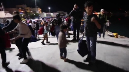 Greece: Tensions at Chios continue as refugees occupy port