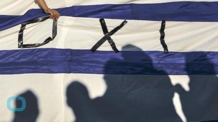 Defiant Greeks Rally Against Eurozone Referendum