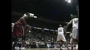 Dwyane Wade Old Skool Trick On Carter