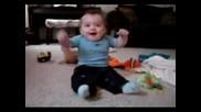 Сладко Бебче Танцува На Beatbox